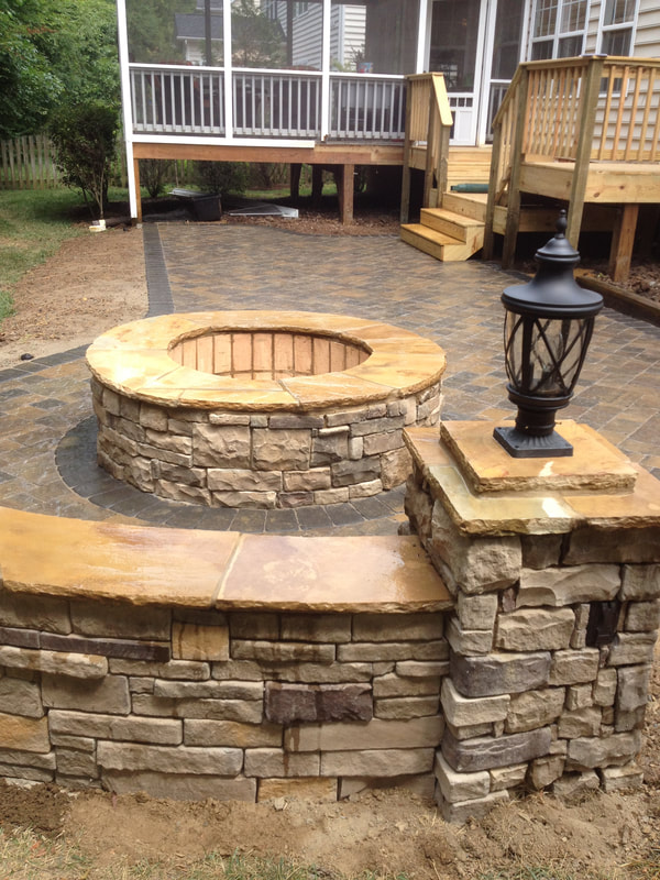 Wood and gas firepits